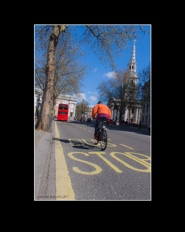 6- Track Race in London - Martial Bourget