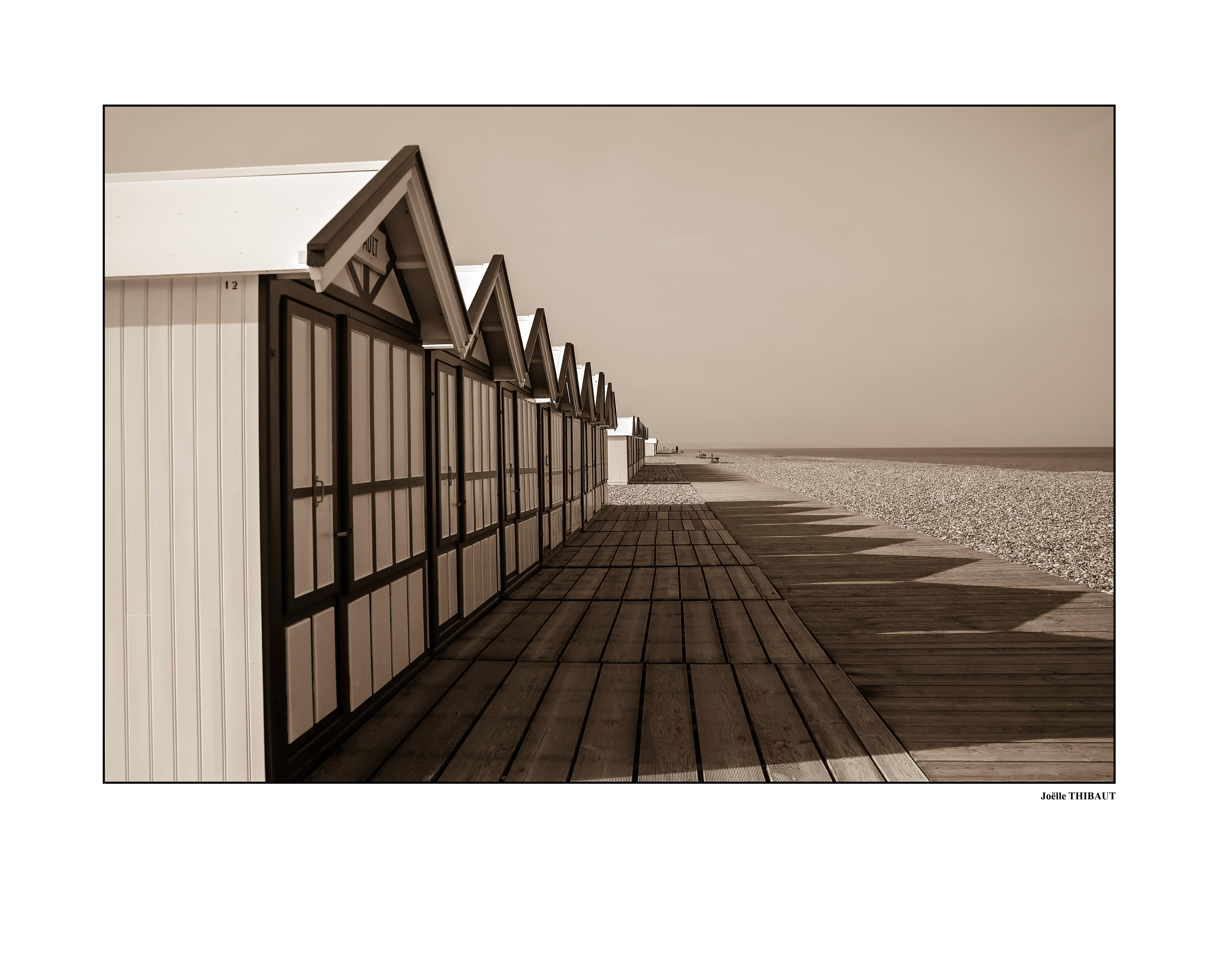 Joelle-Cabines-de-plage